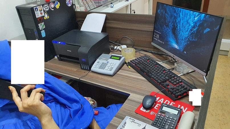 Reception desk modified